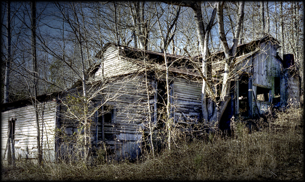 Abandoned Shed Rural Tennessee HDR