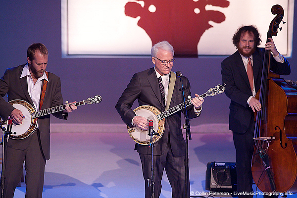 Steve Martin Playing the Banjo at IBMA 2009
