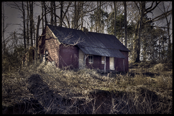 Perfect Horror Movie House... West Tennessee